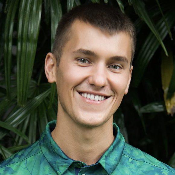 Tomas Laurinavicius HeadShot